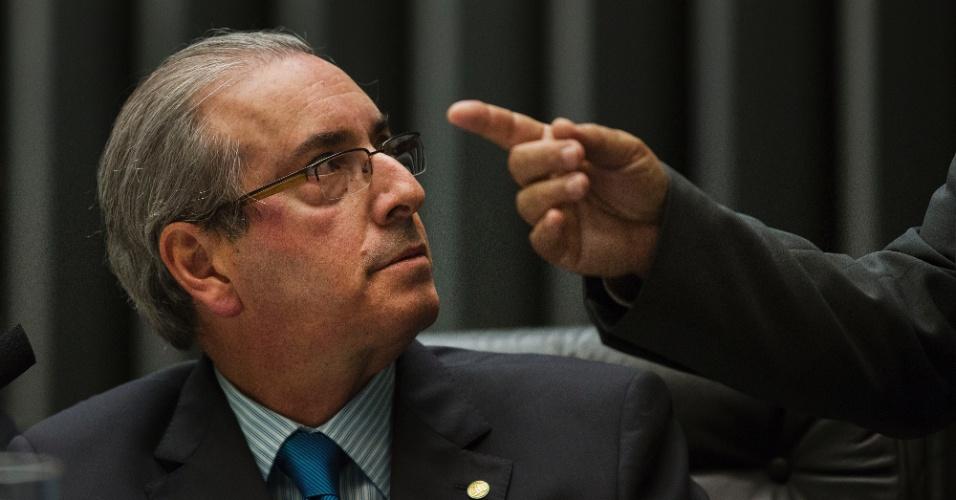 16.abr.2016 - O presidente da Câmara dos Deputados, Eduardo Cunha (PMDB-RJ), preside sessão de discussão do processo de impeachment da presidente Dilma Rousseff, em Brasília