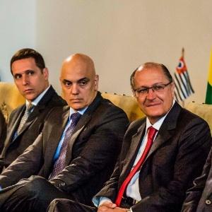 O Ministro de Estado da Justiça e Cidadania, Alexandre de Moraes, ao centro