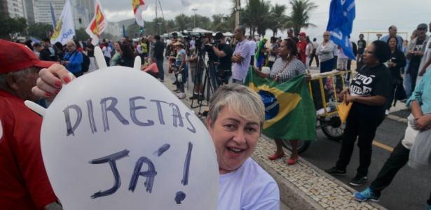 Protesto pede Diretas Já no Rio