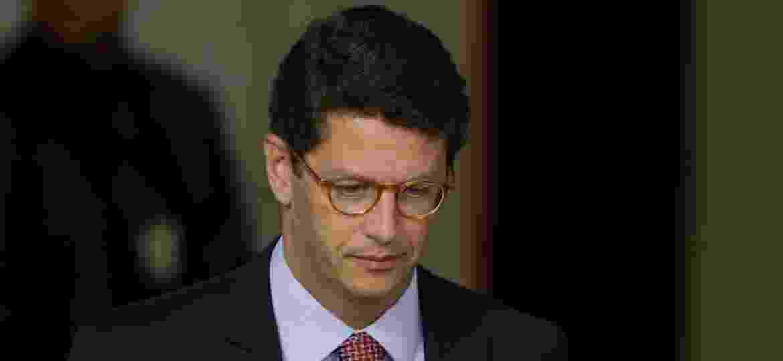 15.jan.2019 - O ministro do Meio Ambiente, Ricardo Salles, durante a cerimônia de assinatura do decreto que flexibiliza a posse de armas no Brasil - Walterson Rosa/Estadão Conteúdo