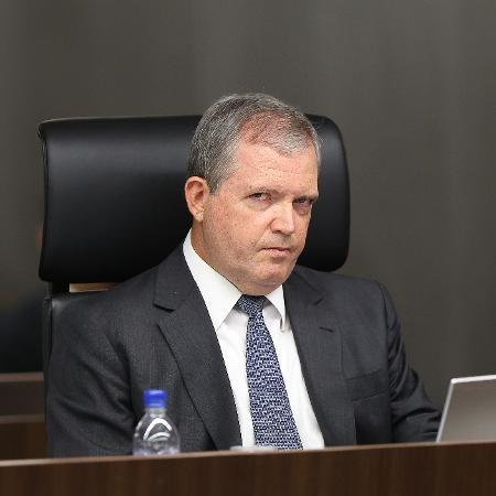 O ministro do Tribunal de Contas da União (TCU) Walton Alencar Rodrigues, em sessão de 2015 - Alan Marques/Folhapress