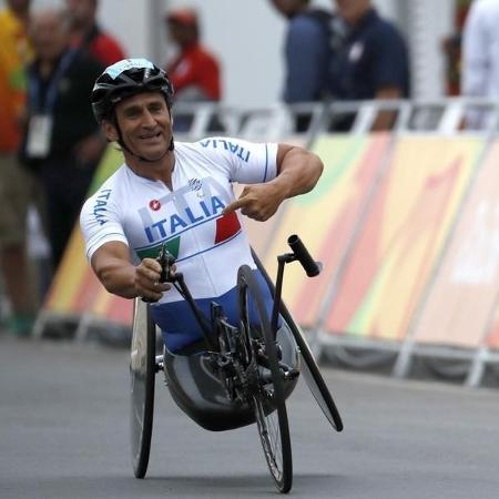Alex Zanardi durante prova de paraciclismo da Paralimpíada Rio 2016; Atleta sofreu um grave acidente em 19 de junho -