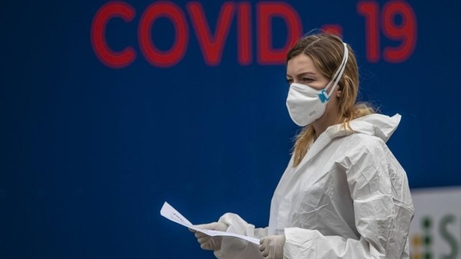 Número de novos casos de covid-19 dobrou em mais da metade dos Estados-membros do bloco comum europeu - EPA