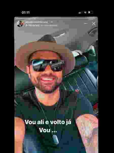 """Pouco antes de morrer, o cantor Tay, da banda Chicana, publicou uma foto nas redes sociais com a legenda: """"Vou ali e volto já"""" - Reprodução/Redes sociais"""