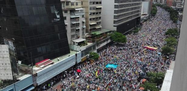 Cena do protesto de quinta-feira, em Caracas