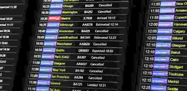 28.mai.2017 - Placar de voos no Terminal 5 do aeroporto de Heathrow, em Londres - Neil Hall/Reuters - Neil Hall/Reuters