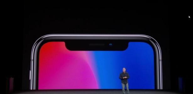 A Apple estaria pensando em fazer um iPhone X gigante
