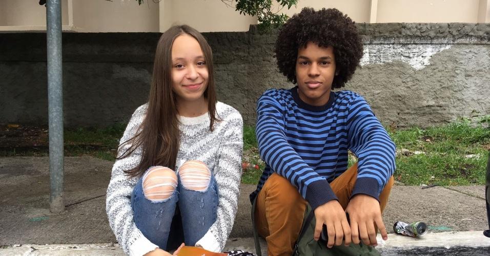 5.nov.2017 - Os jovens Yago Silva dos Santos, 17, e Aline Souza dos Santos, que fará 17 anos na próxima quarta-feira, vão fazer o Enem (Exame Nacional do Ensino Médio) pela segunda vez, em São Paulo