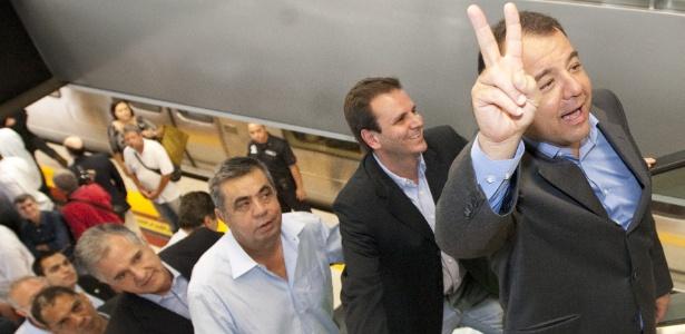 1.nov.2010 - Da dir. para a esq., o então governador do Rio, Sergio Cabral, o então prefeito da capital, Eduardo Paes, e o deputado Jorge Picciani, todos do PMDB, participam de inauguração de estação do metrô