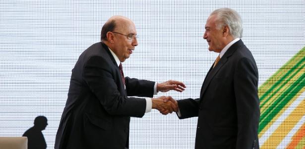 Henrique Meirelles cumprimenta Michel Temer em evento do MDB que selou que o ex-ministro será pré-candidato do partido
