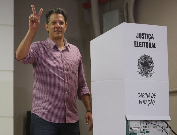 Haddad acena após votar em São Paulo