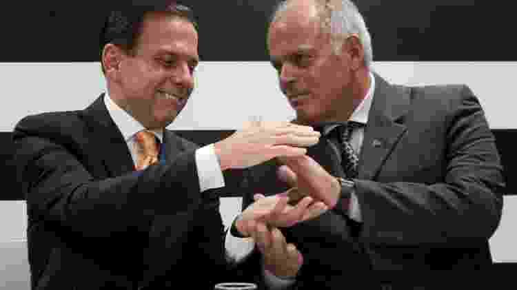 João Doria ao lado do general João Camilo Pires de Campos, o secretário da Segurança de SP - 13.nov.2018 - Luiz Cláudio Barbosa/Código 19/Estadão Conteúdo