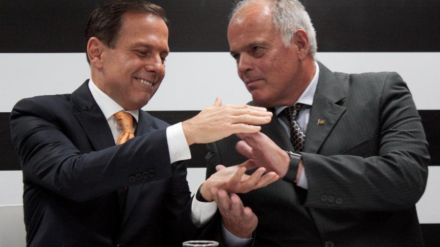 13.nov.2018 - João Doria e o secretário da Segurança Pública de SP, o general João Camilo Pires de Campos - Luiz Cláudio Barbosa/Código 19/Estadão Conteúdo