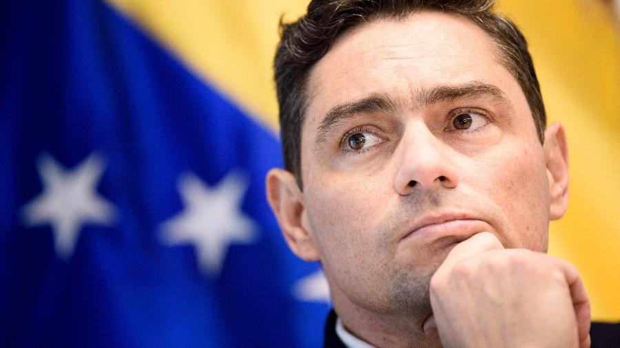 Carlos Vecchio, representante de do autoproclamado presidente Juan Guaidó nas sedes diplomáticas venezuelanas nos Estados Unidos - BRENDAN SMIALOWSKI/AFP