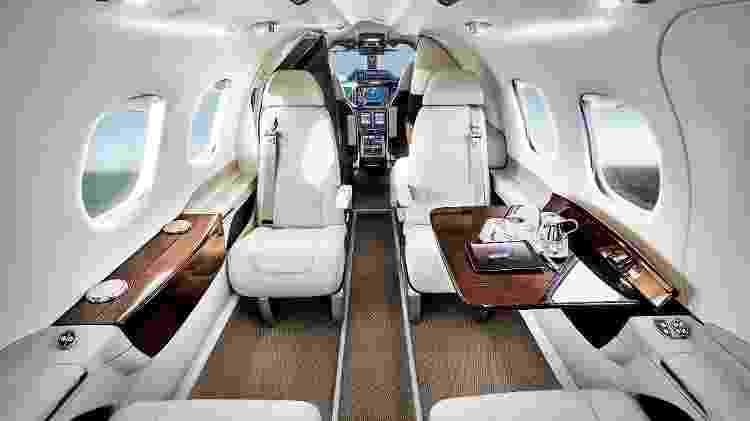 Jato executivo Phenom 100 tem capacidade de quatro a sete passageiros - Divulgação
