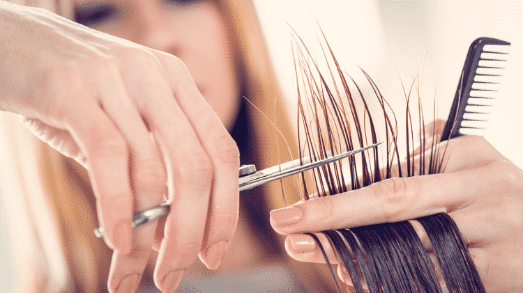 'Os cabeleireiros colocam seus cabelos em sacos de lixo que acabam sendo jogados na rua', disse Jiguet - Getty Images