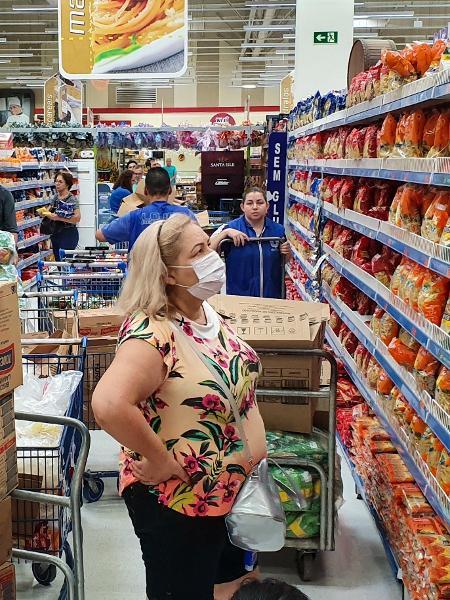 Movimentação em supermercado nesta terça-feira - EDUARDO MATYSIAK/FUTURA PRESS/ESTADÃO CONTEÚDO