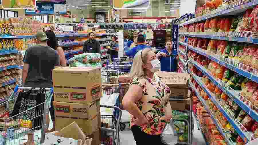 Movimentação em supermercado - EDUARDO MATYSIAK/FUTURA PRESS/ESTADÃO CONTEÚDO