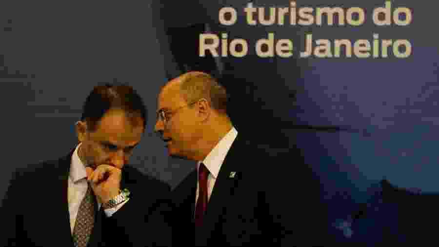 12.nov.2019 - O secretário de Fazenda do Rio de Janeiro, Luiz Cláudio Carvalho, ao lado do governador Wilson Witzel (PSC-RJ) - Fernando Frazão/Agência Brasil