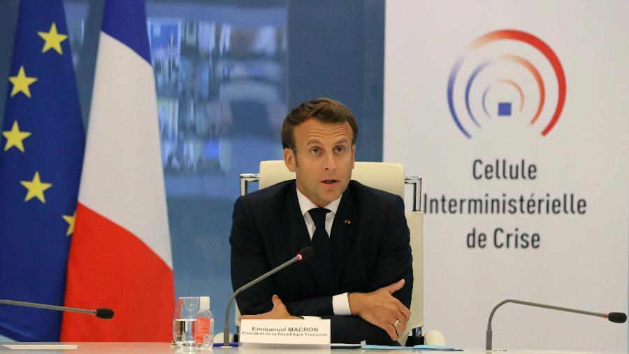 13.mai.2020 - O presidente francês Emmanuel Macron durante videoconferência para tratar sobre o coronavírus - Ludovic Marin/Pool/Reuters
