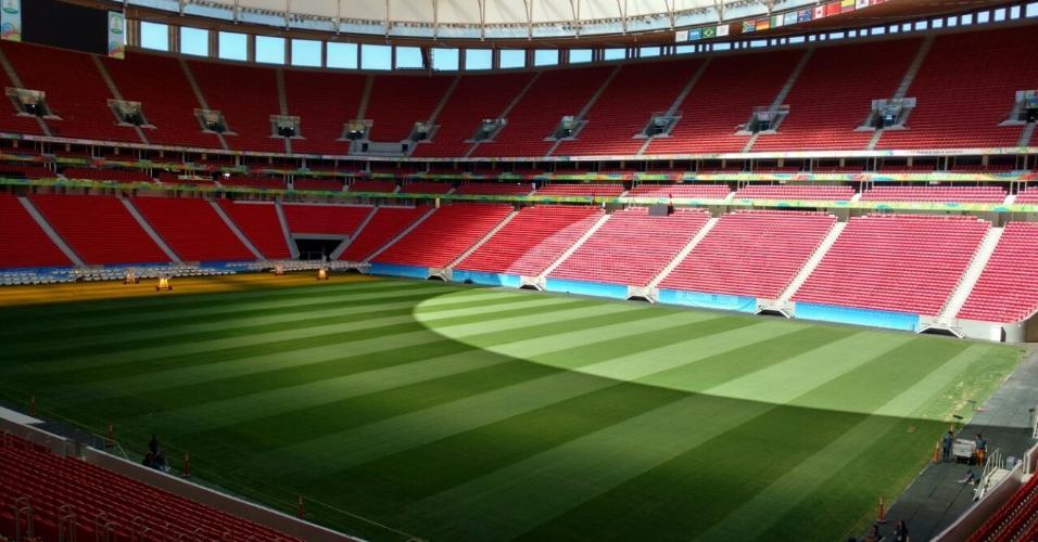 Legado da Copa-2014 | Governo gastou R$ 5,3 bi em 9 estádios que não chegaram nem à Copa América