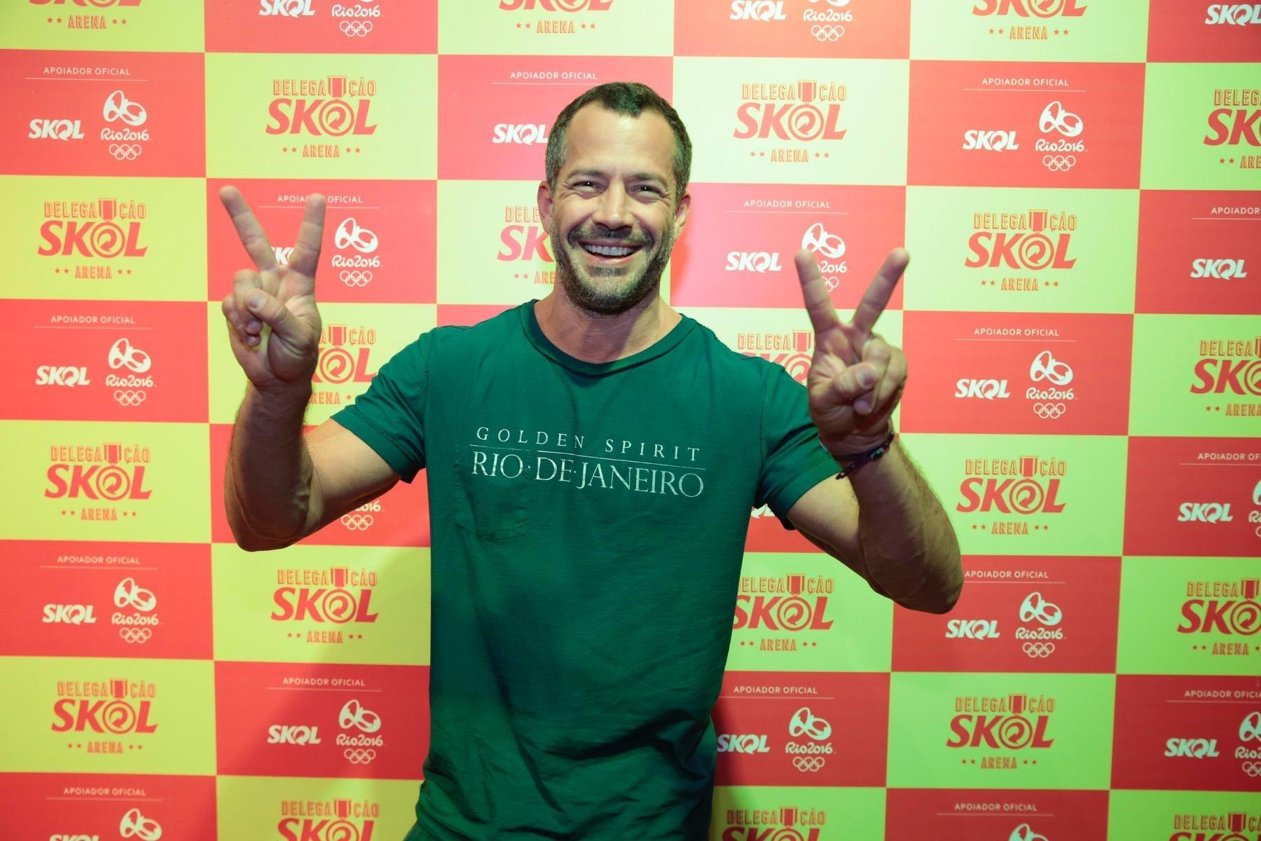 Malvino Salvador foi à Arena Skol acompanhar o jogo de vôlei entre Brasil e Rússia