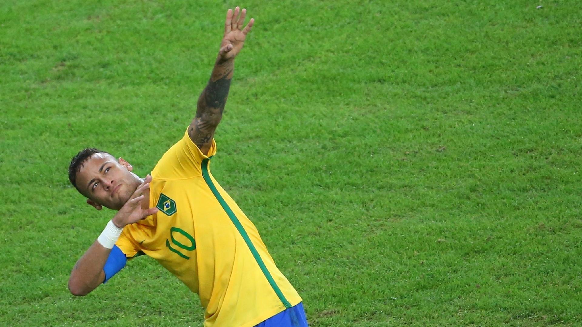 Neymar comemora primeiro gol da seleção brasileira à la Usain Bolt no Maracanã