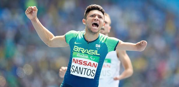 Petrucio Ferreira é ouro nos 100 m rasos da Rio-2016