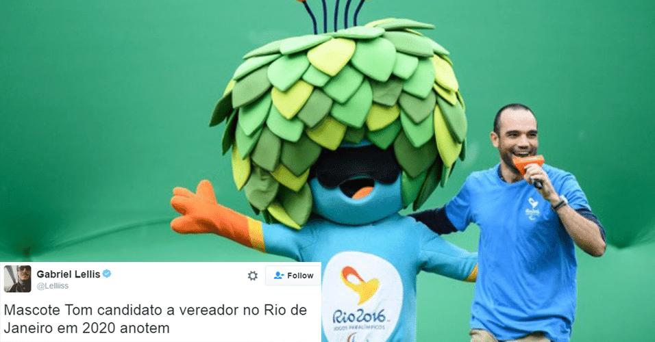 """Quem também se divertiu bastante foi a mascote Tom, que participou até do futebol de 5 para cegos e não perdeu em nada para Vinícius, seu """"primo"""" das Olimpíadas"""