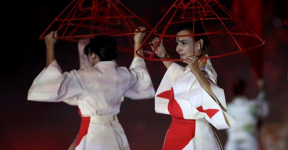 Performance retrata a imigração japonesa no Brasil no início do século XX
