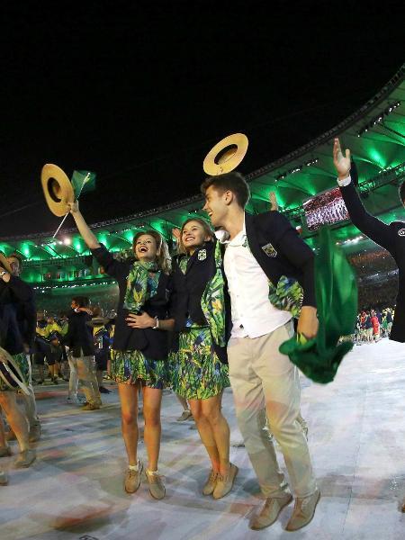 Delegação brasileira anima a galera na abertura da Rio-2016. - REUTERS/Stefan Wermuth