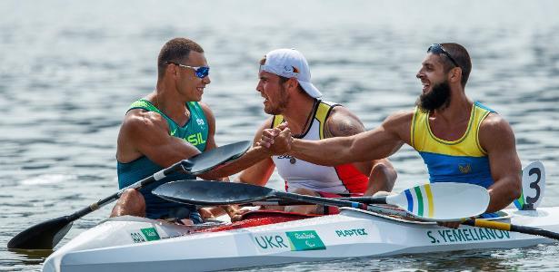 Brasileiro Caio Ribeiro conquista o bronze na canoagem na Paraolimpíada do Rio