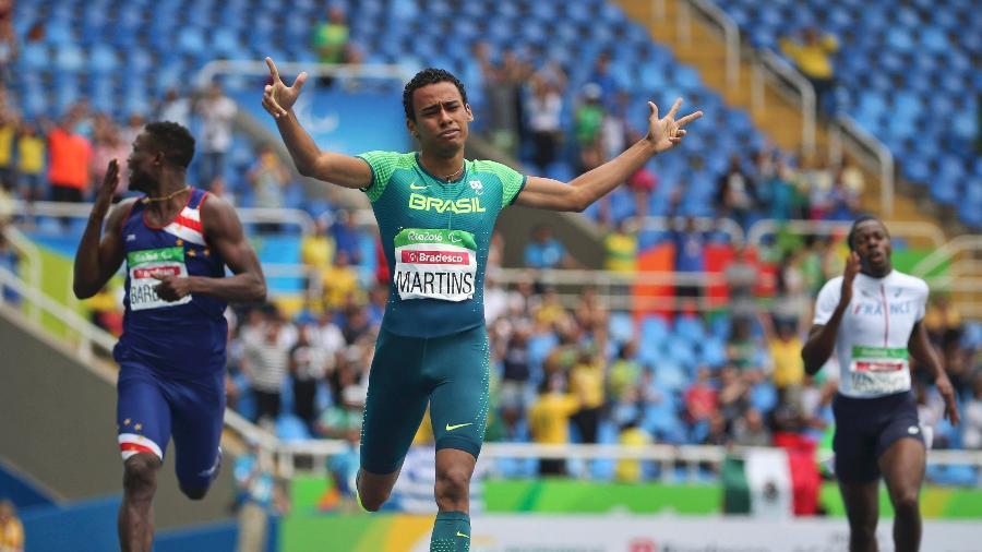Com recorde mundial, Daniel Martins ganha 3º ouro do país na Paraolimpíada