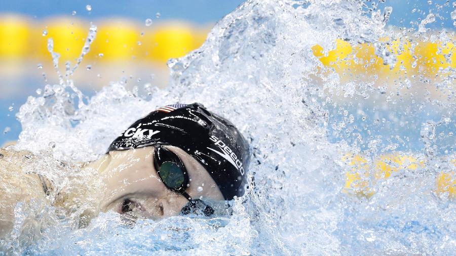 Norte-americana Katie Ledecky quebra recorde olímpico dos 800 m livres na Rio-2016 - ODD ANDERSEN/AFP