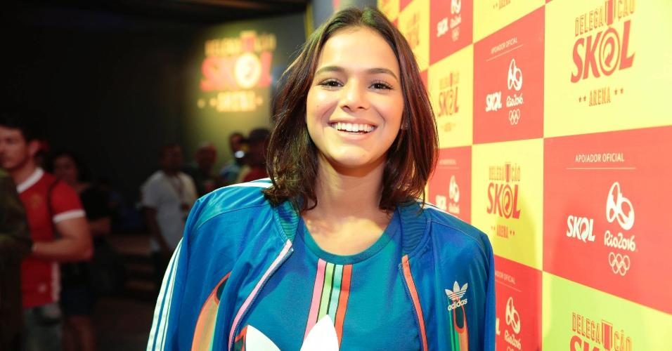 Bruna Marquezine comparece à Arena Skol