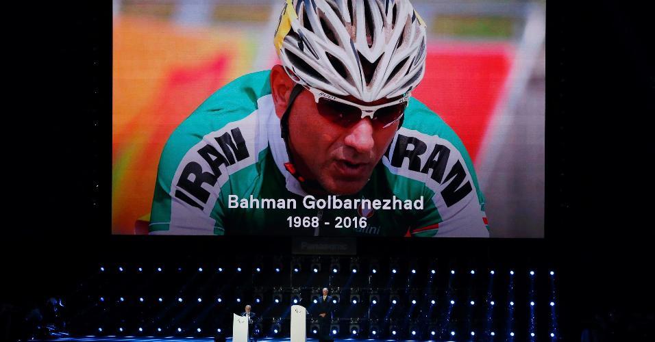 Bahman Golbarnezhad foi homenageado no encerramento da Paraolimpíada-2016