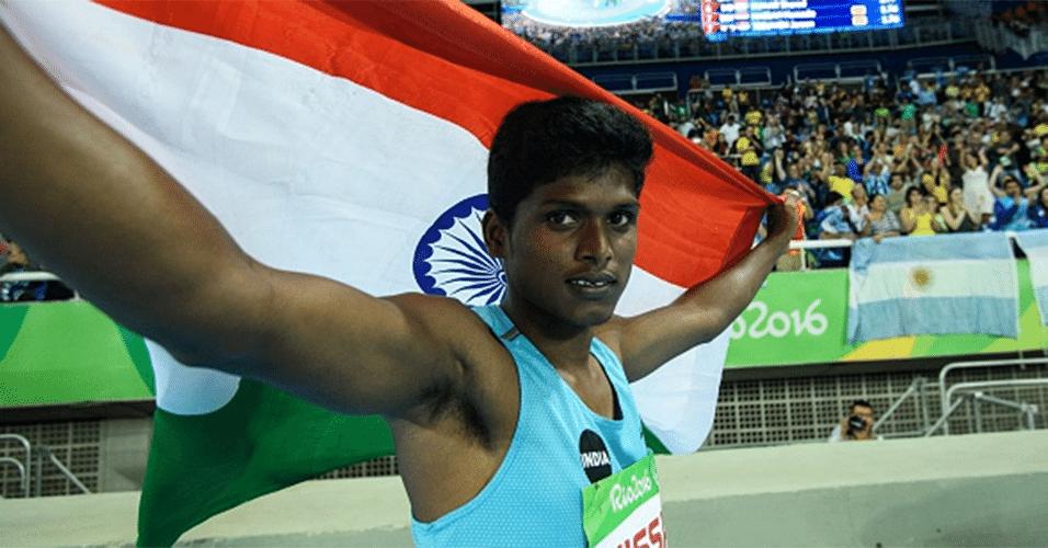 O ouro no salto em altura foi especialmente importante para o indiano Mariyappan Thangavelu, que vai poder pagar suas dívidas médicas e ajudar a sua mãe, que trabalha vendendo vegetais