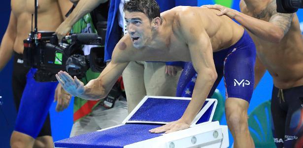 Marca no ombro de Michael Phelps chamou a atenção nas piscinas