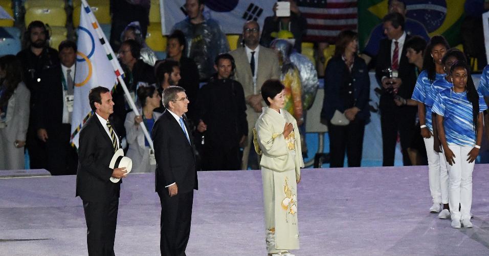 Eduardo Paes (à esquerda), prefeito do Rio de Janeiro, recebeu vaias ao ter seu nome anunciado