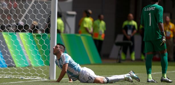 Atacante ex-São Paulo caiu com a Argentina na primeira fase da Rio-2016