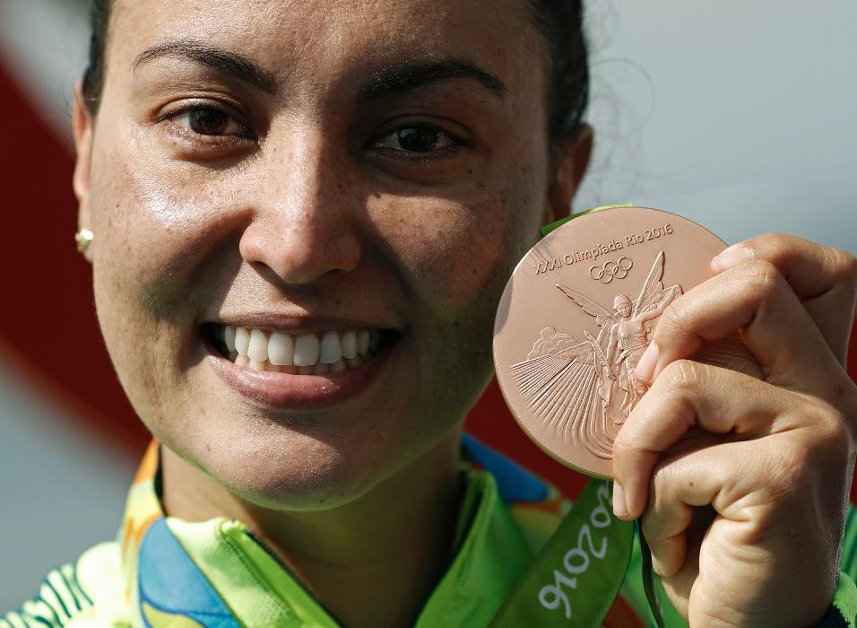 Poliana Okimoto, medalha de bronze na Maraton Aquática