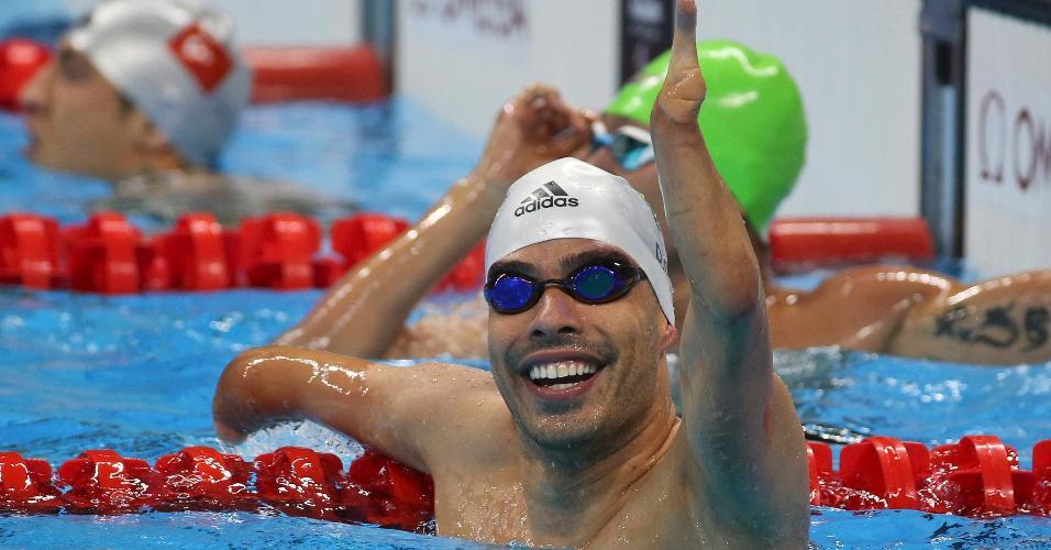 Daniel Dias comemora medalha de ouro nos 50m costas