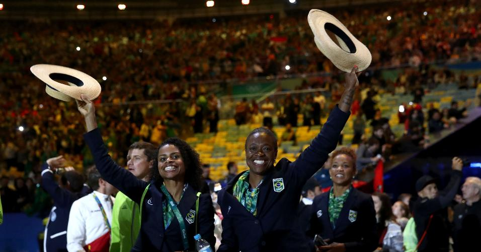 Delegação do Brasil foi muito festejada pelo público. Pais finalizou os Jogos na 13ª posição no quadro de medalhas