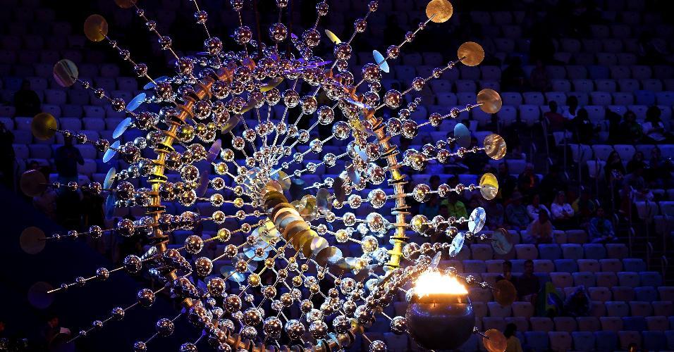 Pira olímpica da rio-2016 será apagada no fim da cerimônia
