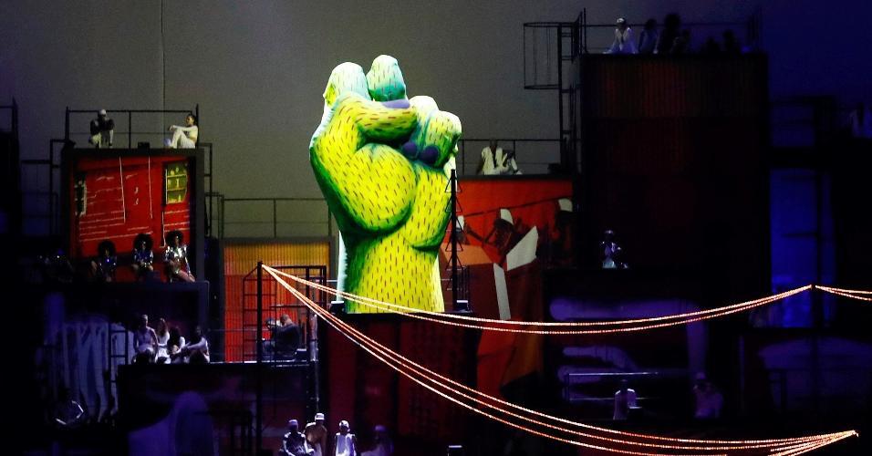 Performance durante a cerimônia de abertura da Rio-2016