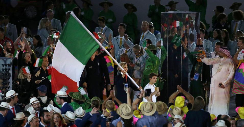 Italianos foram recebidos com muita festa pelo público que compareceu ao Maracanã