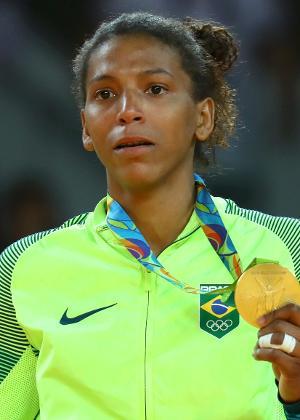 Rafaela Silva, primeira medalhista de ouro do Brasil na Olimpíada, nos leves do judô - Kai Pfaffenbac/Reuters
