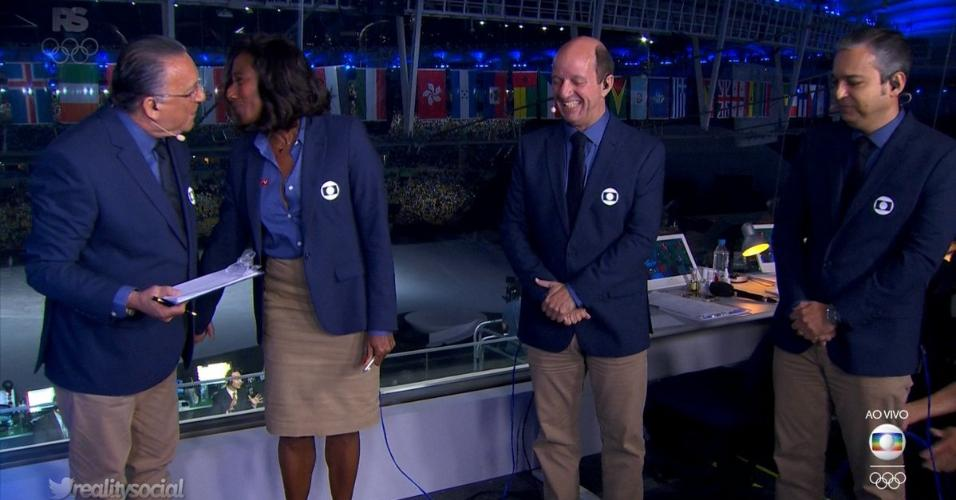 Galvão Bueno, Glória Maria, Marcos Uchôa e Renato Ribeiro na transmissão da Globo na abertura dos Jogos Olímpicos