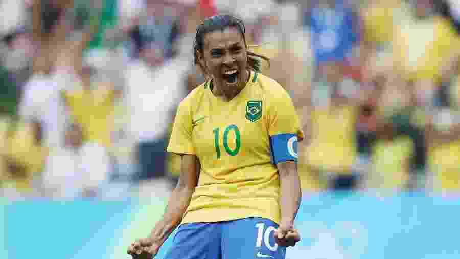 Marta comemora gol do Brasil durante os Jogos Olímpicos - Buda Mendes/Getty Images