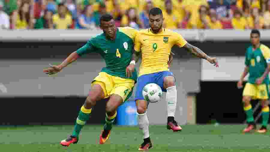 Gabigol em ação na Rio-2016; quatro clubes querem o atacante do Santos - Pedro Ladeira/Folhapress